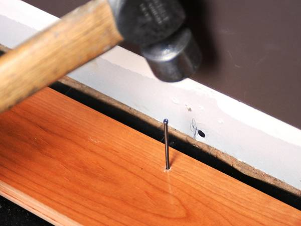 Finishing Nails For Groomed Surface In Fixation Works